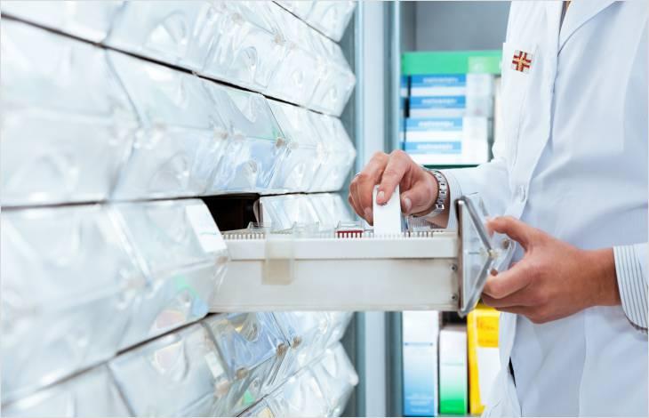 Installation et tenue des pharmacies (modification du règlement)